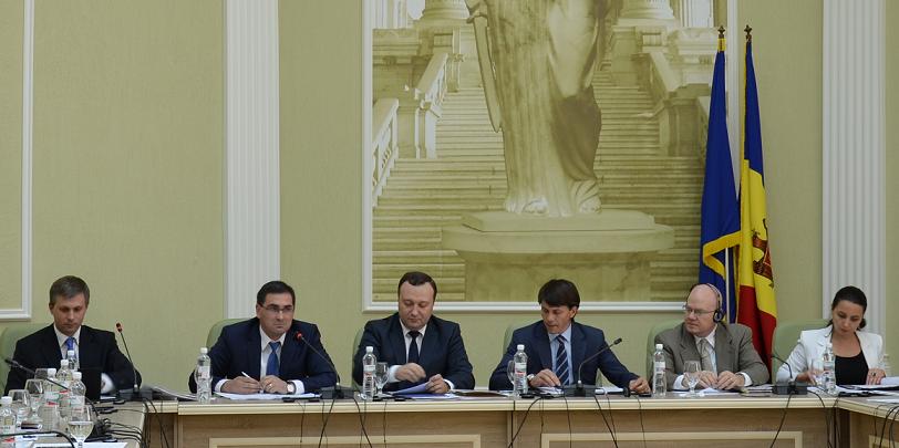 Centrul de Resurse Juridice din Moldova recomandă optimizarea structurii procuraturii şi redistribuirea funcţiilor de procuror