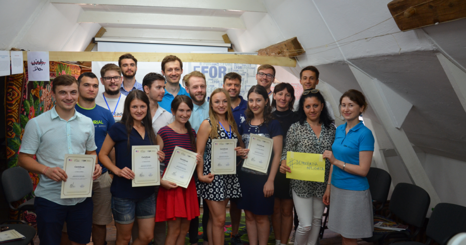 "16 young people became democracy promoters thanks to the ""Applied Democracy"" Summer School"""